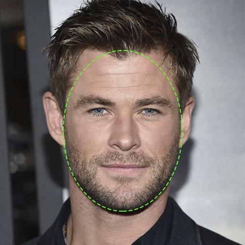 Chris Hemsworth, visage ovale